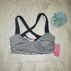 NWT Betsey Johnson for Capezio sports bra🎉